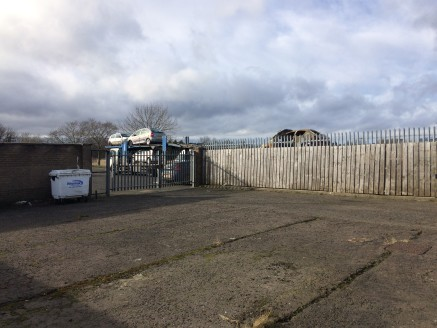 TO LET - WAREHOUSE/WORKSHOP UNIT - PETERLEE  Modern Industrial Unit  Popular Industrial Estate  Estate Parking  External Secure Yard Sapce  Asking Rent: £16,680 per annum  LOCATION  North West Industrial Estate in Peterlee offers a series of commerci...