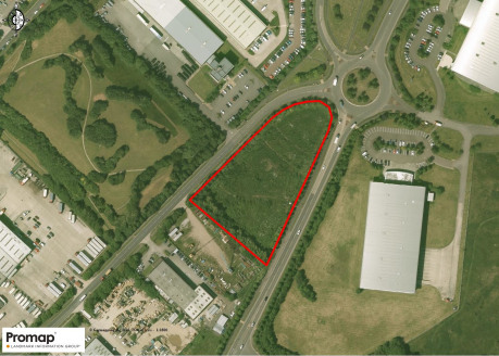 Location  The land is located adjacent to the A57 Cadishead Way on the South West of Northbank Industrial Estate.   Description  The site extends to 2.35 acres and is available for B1, B2 or B8 uses. Further guidance will need to be sought from SCC P...