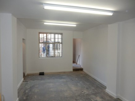 Retail Lock-up Shop TO LET in prominent location  Net Internal Area (NIA) extending to 53.25m² (573ft²)  Rent £7,000 per annum
