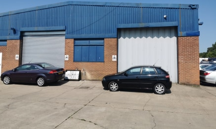 Industrial/Warehouse Unit  Size - 2,751 sq ft