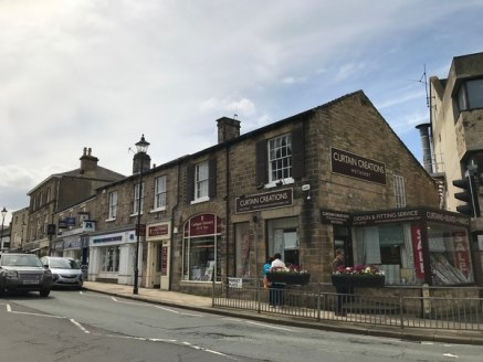 Situated in the thriving market town of Wetherby which is equidistant from Leeds, Harrogate & York this retail unit provides retail accommodation over 2...