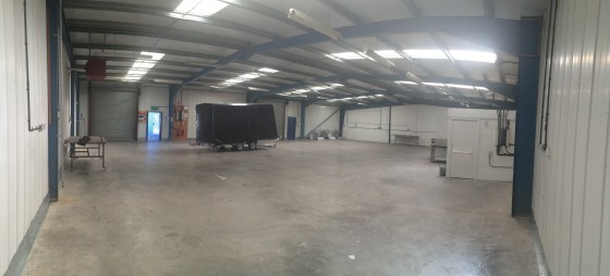 INDUSTRIAL/WAREHOUSE UNITS\n\nFrom 213.75 sq.m. (2,300 sq ft) to 641.26 sq.m. (6,900 sq ft) approx\n\nSubject to availability\n\nTO LET\n\nNorton-Grove-Minster-Court-full-partics.-190716013-Autosaved.pdf\n\nProperty Details\n\nPrice: From £5......