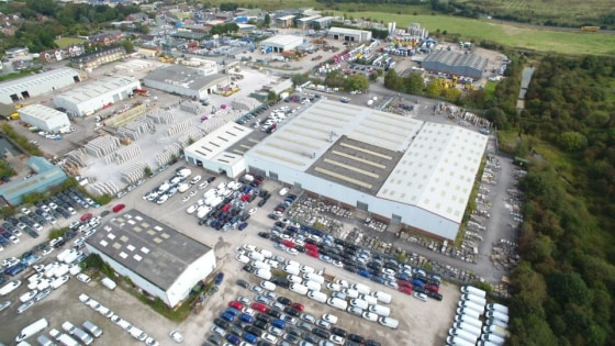 Amco Commercial are pleased to bring to the market a warehouse distribution premises located in the town of Middlewich.   The property is situated adjacent to the popular Midpoint 18 development off Brooks Street and the A54.  The property has conven...