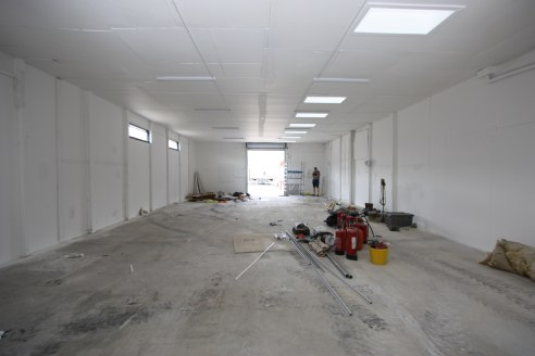 Industrial /Warehouse Unit  Total 160.50 sq m (1,728 sq ft)