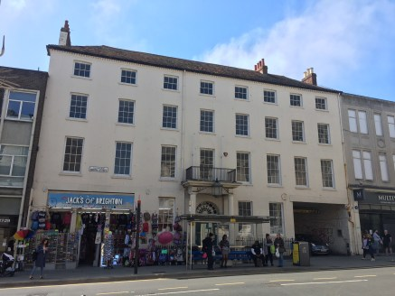 Character office building situated in the heart of Brighton City Centre TO LET
