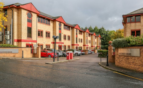 St Georges Square was constructed in 1989 and provides a number of modern and well presented purpose built office units.      Atlas 6 has recently undergone a comprehensive refurbishment and provides for excellent, modern and contemporary open plan o...