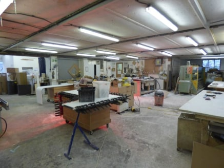 We are pleased to offer this space to let close to Bishop's Stortford train station. Made up of a storage barn and work shop, the space also benefits from having a small yard area. WAREHOUSE & YARD SPACE with THREE PHASE POWER and water/ toilet facil...