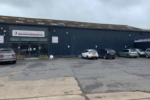 Unit 2C is located on the Rippleside Commercial Centre in Barking. The unit benefits from quick access to the A13 via Renwick Road granting access to Canary Wharf and the City to the west, and the M25 to the east.   The landlord is looking to grant a...