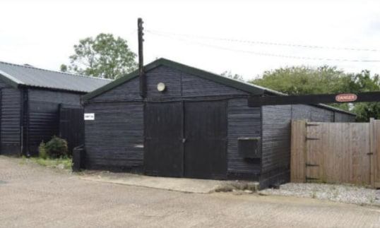 This site is made up of WORKSHOPS, offices & storage areas. Situated on a popular industrial site, this unit is a short distance from the Four Wanz roundabout. The site is ideally positioned being just 5 miles from junction 7 of M11 and 20 miles from...