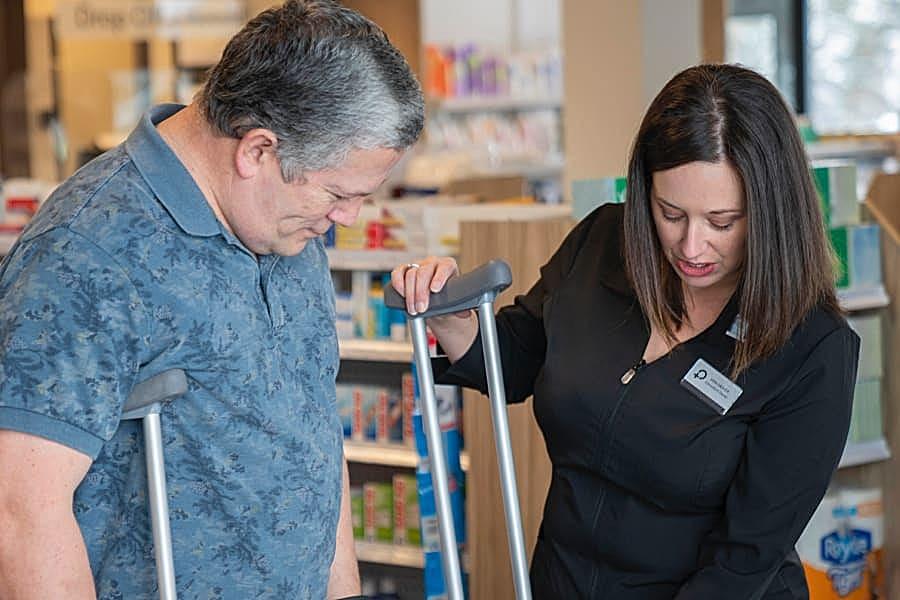 crutch-help-moncton@1x
