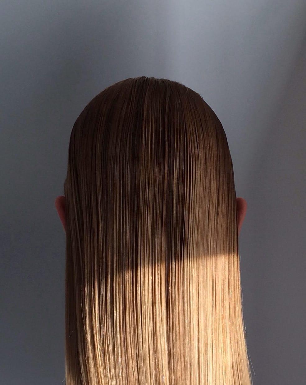 Straight hair good light