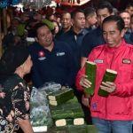 Jokowi Kunjungi Pasar Anyar Tangerang dengan Motor Custom
