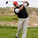 Kecurangan Donald Trump di Golf Dibukukan