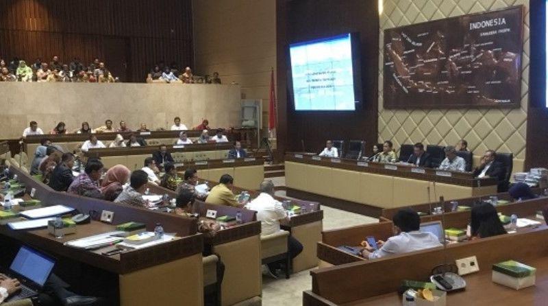 MA Rapat Konsolidasi dengan DPR terkait Jabatan Hakim