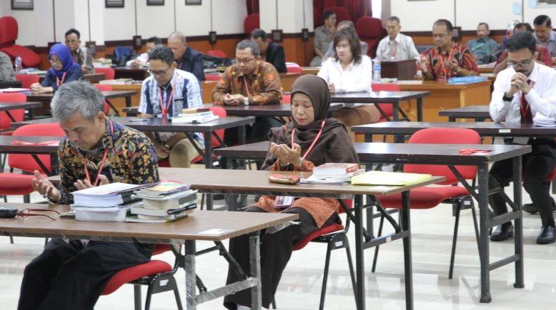 Ratusan Calon Hakim Ad Hoc Tipikor Ikuti Tes Tertulis