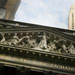 Indeks Dow Jones Catat Rekor Penurunan Terendah dalam Sejarah