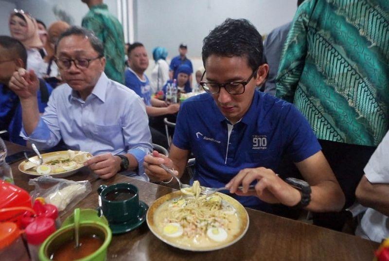 Sandiaga Uno Berwisata Kuliner di Palembang