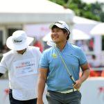 Poom Saksansin Cetak 9-Under untuk Memimpin, Danny Masrin Lolos Cut di BNI Indonesian Masters