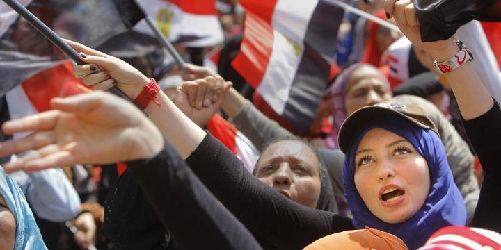 Pengadilan Mesir Hukum Mati 75 Demonstran