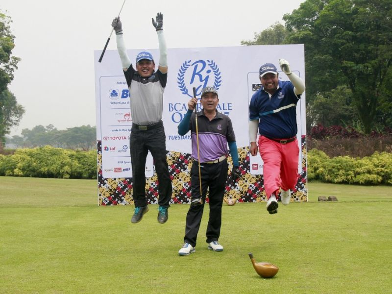 240 Golfer Meriahkan BCA-Royale Open Tournament