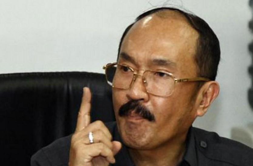 Fredrich Yunadi Ditegur Hakim Soal Bahasa