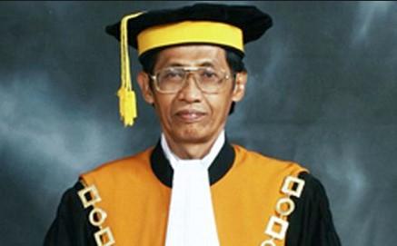 Hakim Agung Artidjo Alkostar Sosok Penting Pemberantasan Korupsi