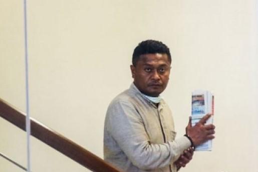 KPK Tahan Bupati Buton Selatan Atas Dugaan Korupsi Suap