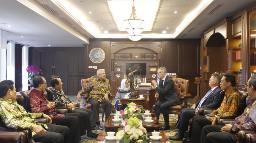 Ketua MA Hatta Ali Terima Kunjungan Hakim Agung Prancis