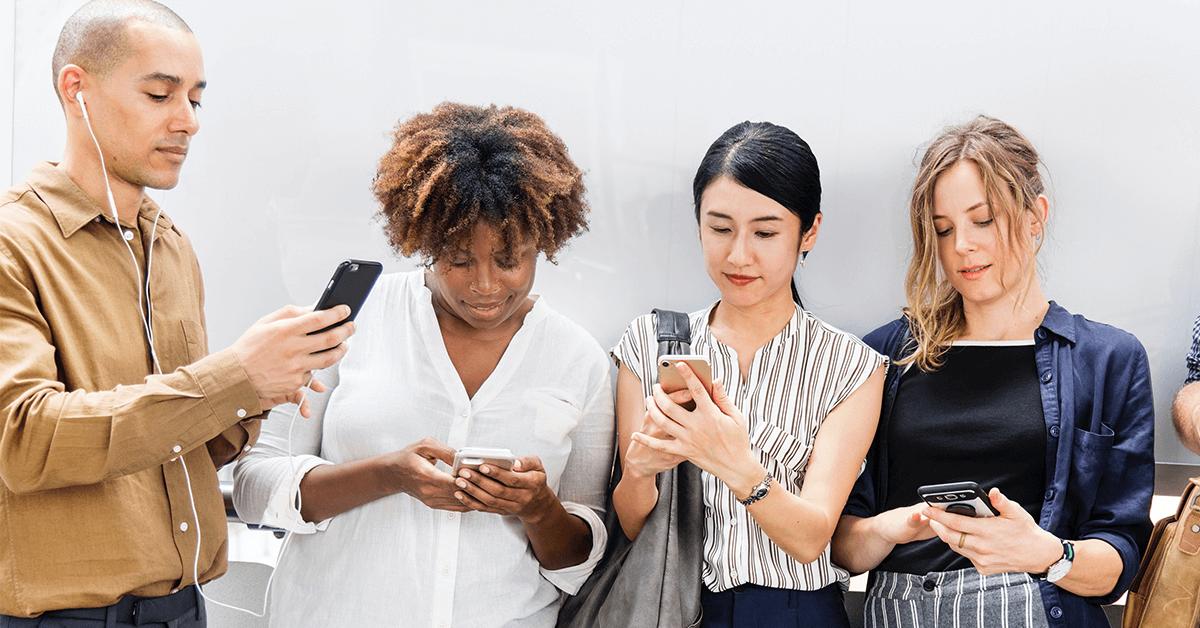Five Surprisingly Simple Tricks to Earn Big Through Social Media