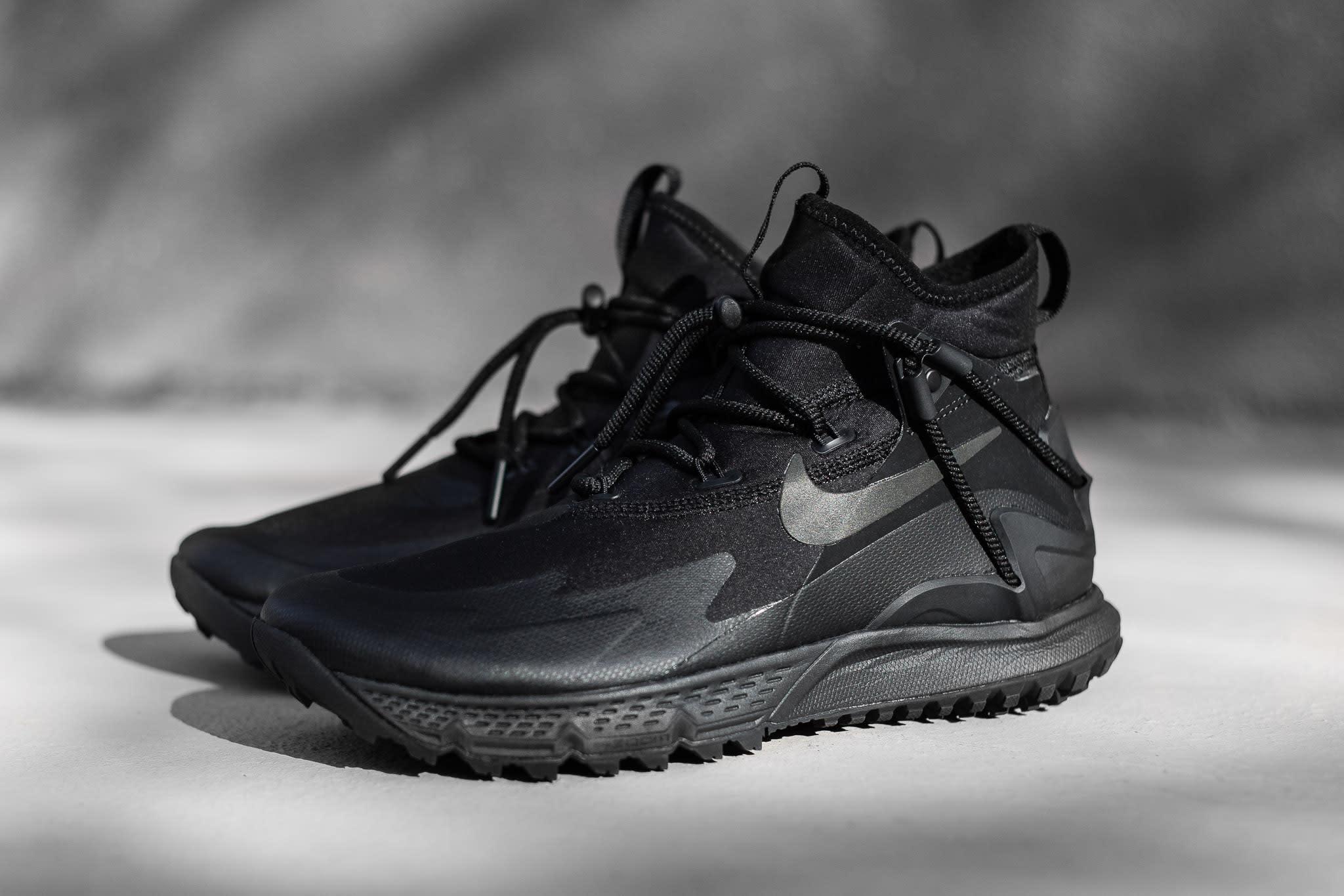 Nike Terra Sertig Boot Black / Metallic