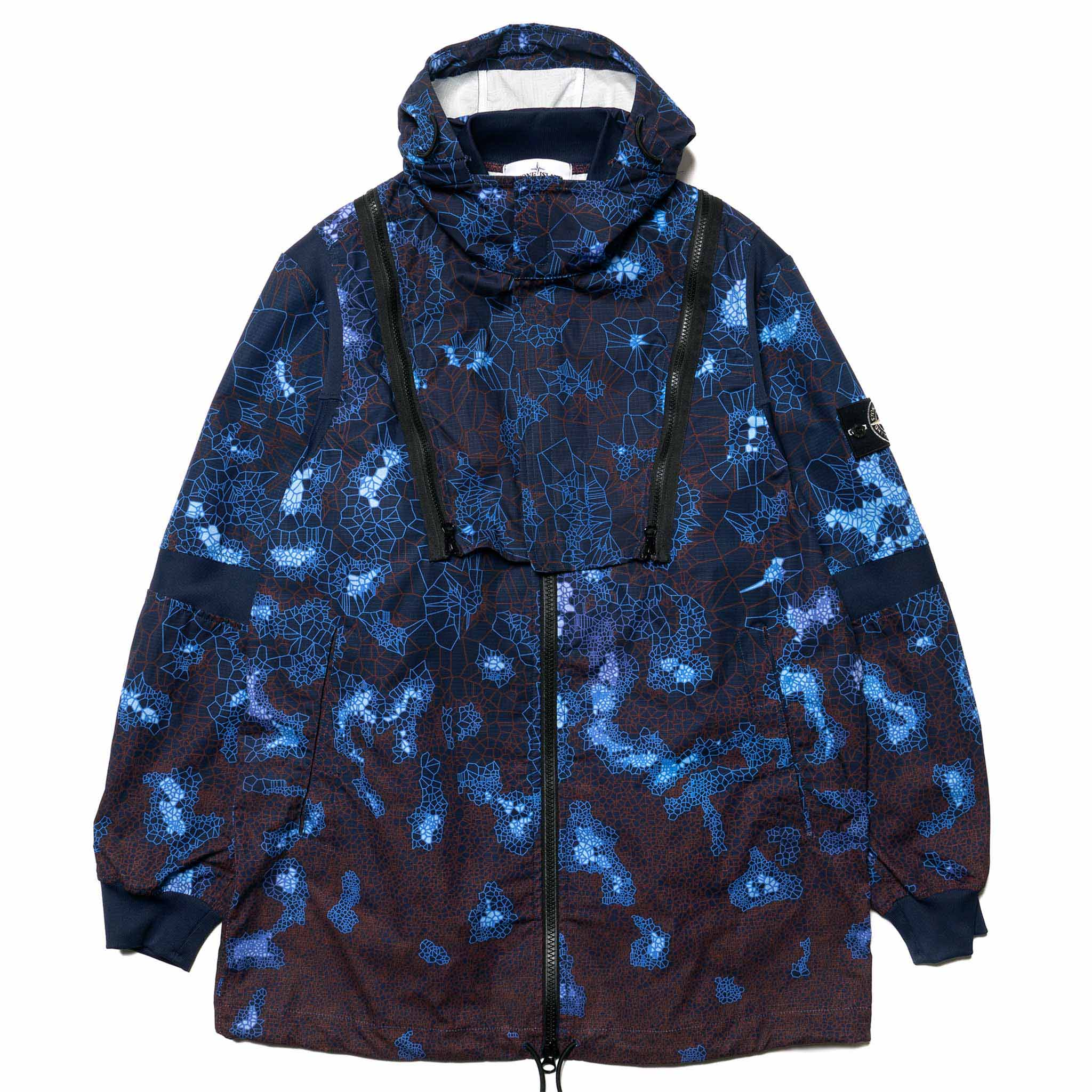 530589a6 Stone Island Introduces Thermosensitive Printed Heat Reactive