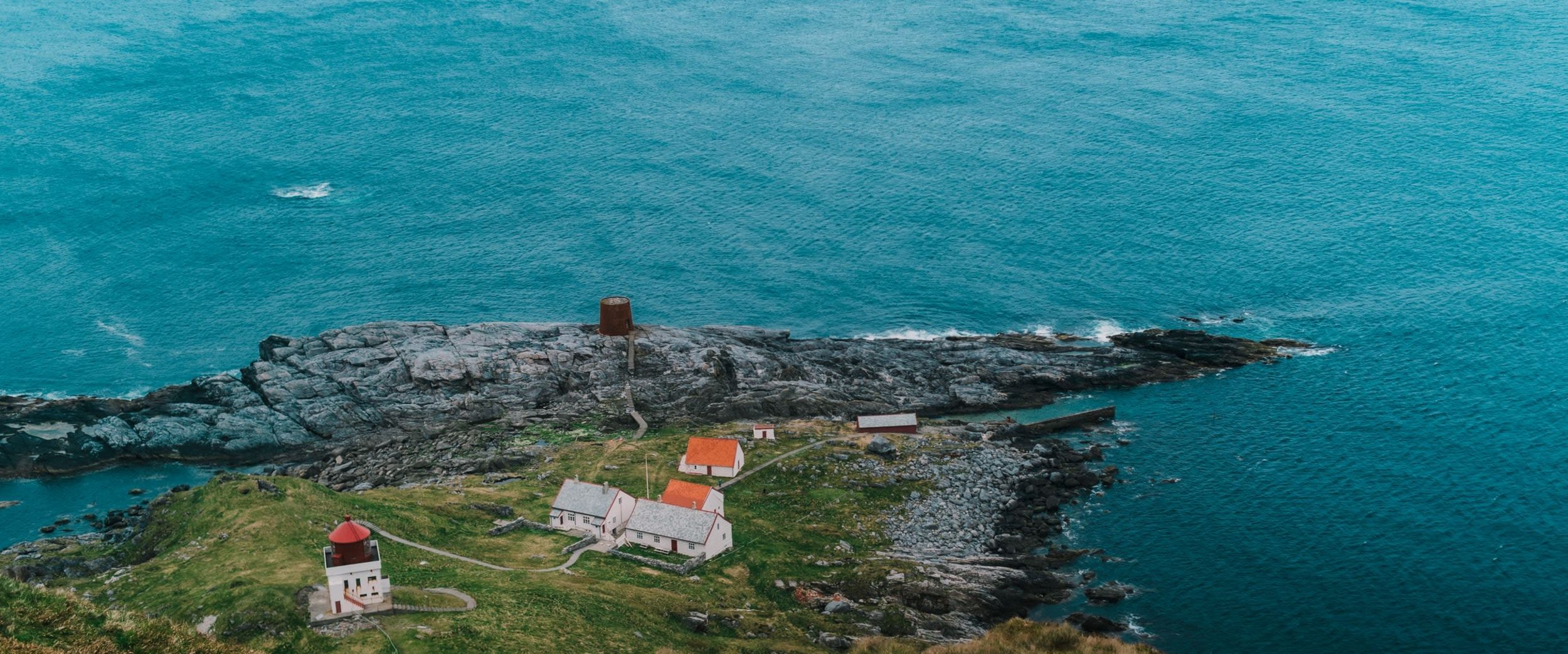Runde light house, Photo: Torbjørn Sandbakk, Unsplash