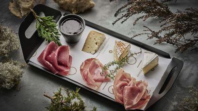Havila Food Stories snack plate, photo by Tom Haga
