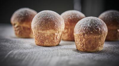 Havila Food Stories baked buns, photo by Tom Haga