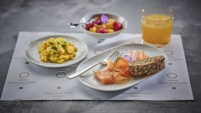Scrambled eggs, fresh fruit and smoked salmon - examples from our breakfast in Havrand Restaurant, photo by Tom Haga