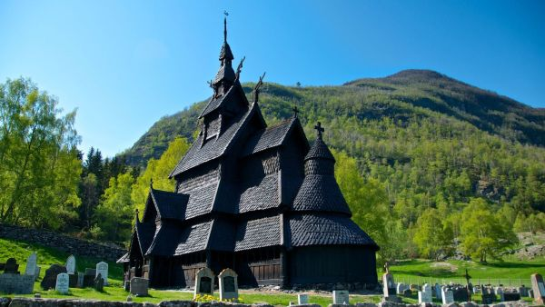Borgund Stave Church, photo: Øyvind Heen, visitnorway.com
