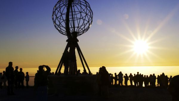Midnight sun at the North Cape, Photo: Karl Thomas, visitnorway.com