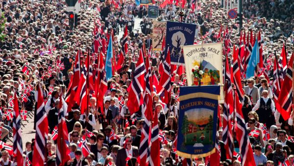 Norway's national day, May 17th. Celebration in Oslo. Photo: Asgeir Helgestad, visitnorway.com