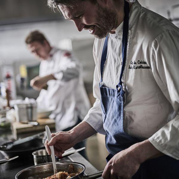 Chefs preparing dishes from Havila Food Stories. photo Tom Haga.
