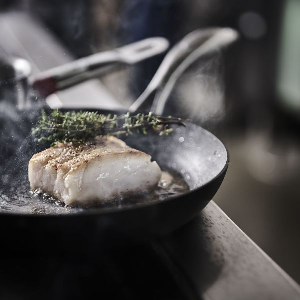 Preparation of cod from Lofoten, photo by Tom Haga