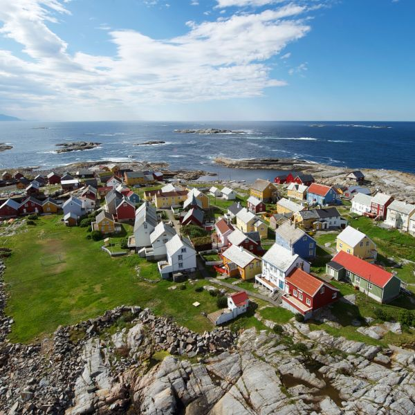 Island of Grip with houses