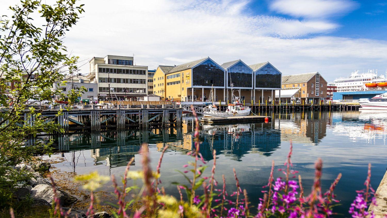 Hammerfest in the summer, photo: Ziggi Wantuch, hammerfest-turist-as