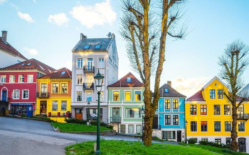Colourful houses in Bergen, Photo: Endre Knudsen, VisitNorway