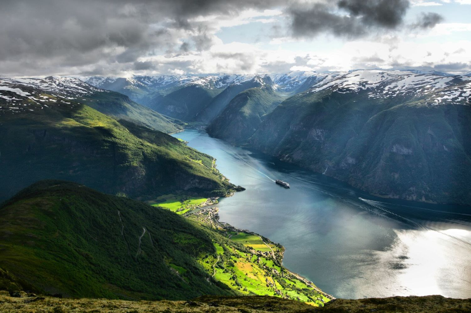 Aurlandsfjorden with Flåm in the bottom of the fjord. Photo: Visitnorway.com