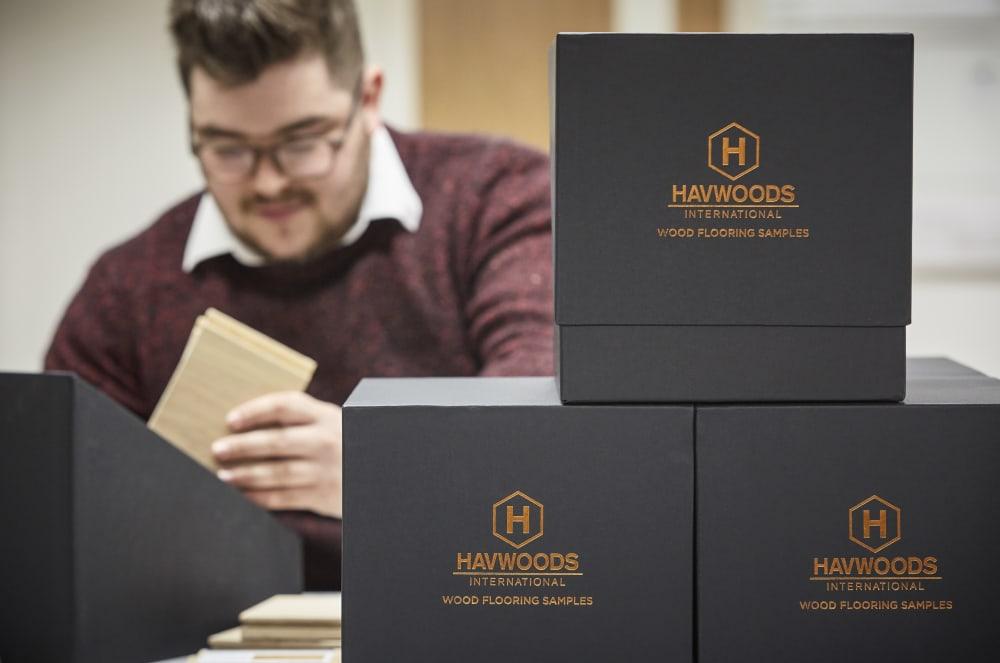 Service | UK | Sample Box