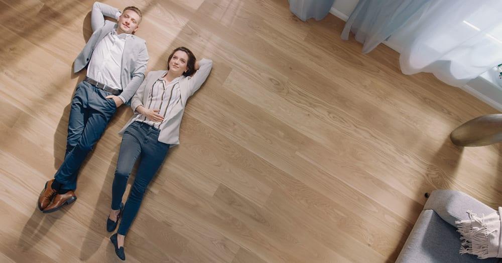 News | AU | Couple on Timber Floor 1 LI