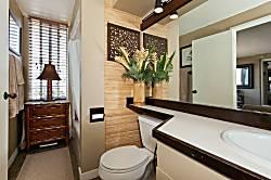 Diamond Head Beach Hotel 1002