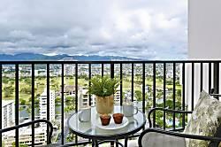 Waikiki Banyan #2601-T2