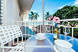 Waikiki Shore Ocean Front 1BD on the 2nd Floor
