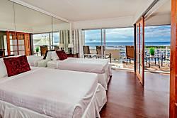 Ilikai Hotel Ocean 2BD on the 17th Floor
